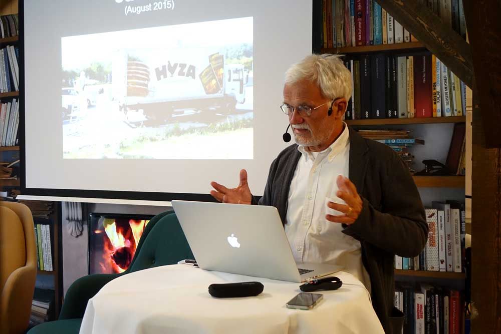 Ezio Manzini began his presentation showing the truck where more than 70 refugees were found dead in Austria in August 2015.